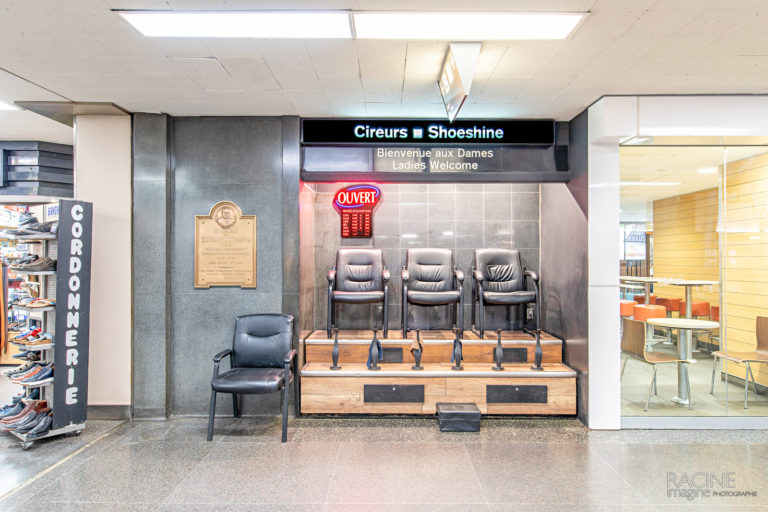 Photographe commercial Montréal Gare Centrale Cireurs Shoeshine